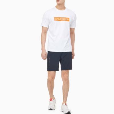 남성 레귤러 핏 로고 반팔 티셔츠_4MT0K119_100