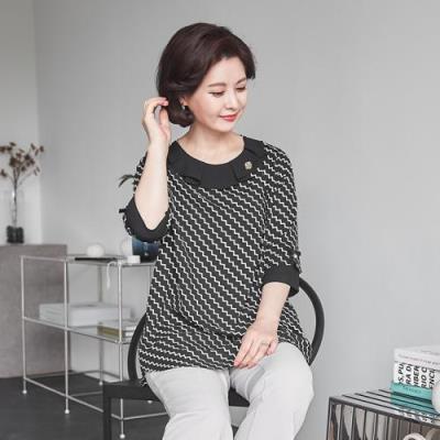 엄마옷 마담4060 지그재그배색블라우스-QBL106058-